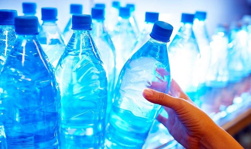 acqua-del-rubinetto-o-in-bottiglia-1_800x476
